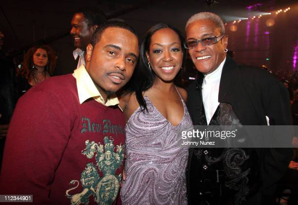 Alex Thomas Tichina Arnold and George Daniels during 2005 Vibe Awards Backstage and Audience at Sony Studios in Culver City California United States