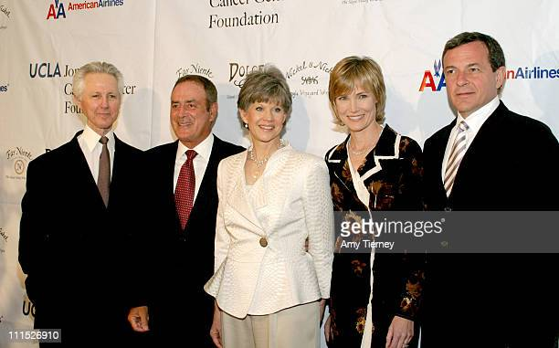 Alex Wallau President of ABC Network Operations and Administration Al Michaels Mrs Alex Wallau Willow Bay and Robert Iger President CEO the Walt...