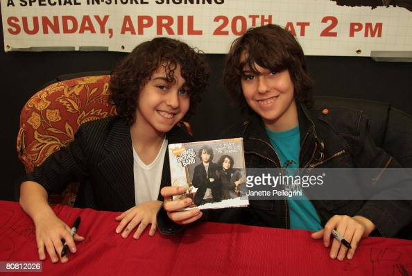 fotos naked brothers band
