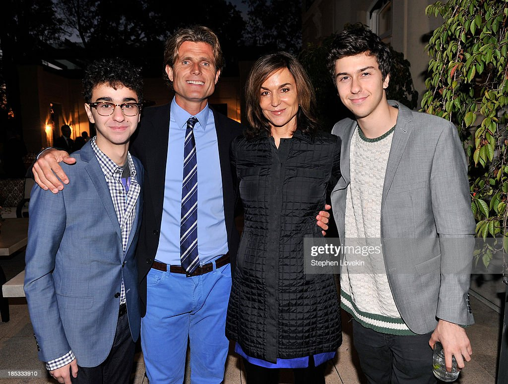 <a gi-track='captionPersonalityLinkClicked' href=/galleries/search?phrase=Alex+Wolff&family=editorial&specificpeople=4183928 ng-click='$event.stopPropagation()'>Alex Wolff</a>, Anthony Kennedy Shriver, Founder and Chairman of Best Buddies International, <a gi-track='captionPersonalityLinkClicked' href=/galleries/search?phrase=Polly+Draper&family=editorial&specificpeople=604073 ng-click='$event.stopPropagation()'>Polly Draper</a>, and <a gi-track='captionPersonalityLinkClicked' href=/galleries/search?phrase=Nat+Wolff&family=editorial&specificpeople=4183919 ng-click='$event.stopPropagation()'>Nat Wolff</a> attend a reception hosted by Ted and Lynn Leonsis celebrating the 2013 Audi Best Buddies Challenge: Washington, DC on October 18, 2013 in Potomac, Maryland.