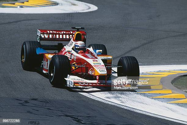 Alex Zanardi of Italy drives the Winfield Williams Williams FW21 Supertec V10 during the San Marino Grand Prix on 2 May 1999 at the Autodromo Enzo e...