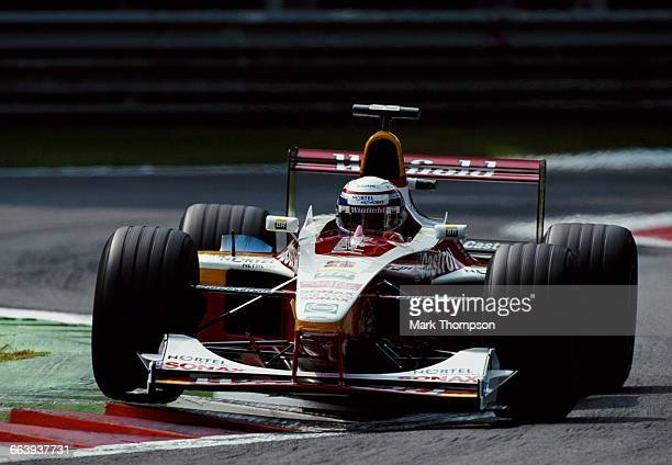Alex Zanardi of Italy drives the Winfield Williams Williams FW21 Supertec V10 during the Italian Grand Prix on 12 September 1999 at the Autodromo...