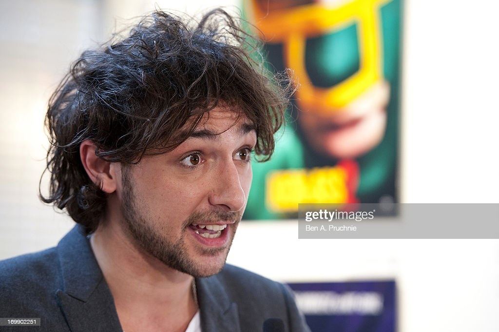 <a gi-track='captionPersonalityLinkClicked' href=/galleries/search?phrase=Alex+Zane&family=editorial&specificpeople=227464 ng-click='$event.stopPropagation()'>Alex Zane</a> attends the FDA State Of The Art private view at Getty Images Gallery on June 3, 2013 in London, England.