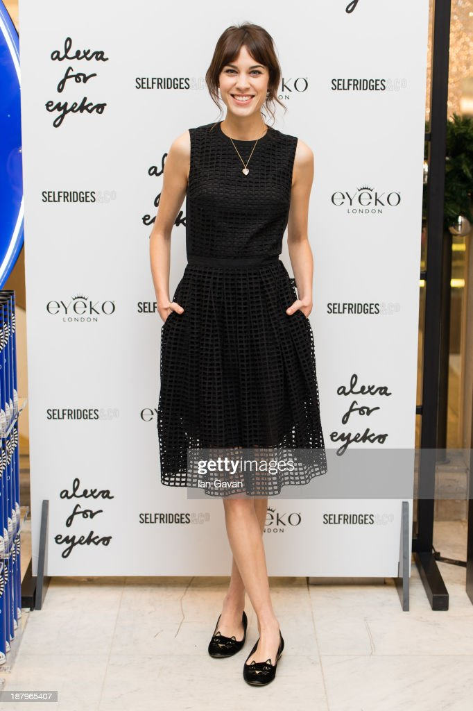 <a gi-track='captionPersonalityLinkClicked' href=/galleries/search?phrase=Alexa+Chung&family=editorial&specificpeople=3141821 ng-click='$event.stopPropagation()'>Alexa Chung</a> attends a photocall to Launch her new make up collection in collaboration with Eyeko at Selfridges on November 14, 2013 in London, England.