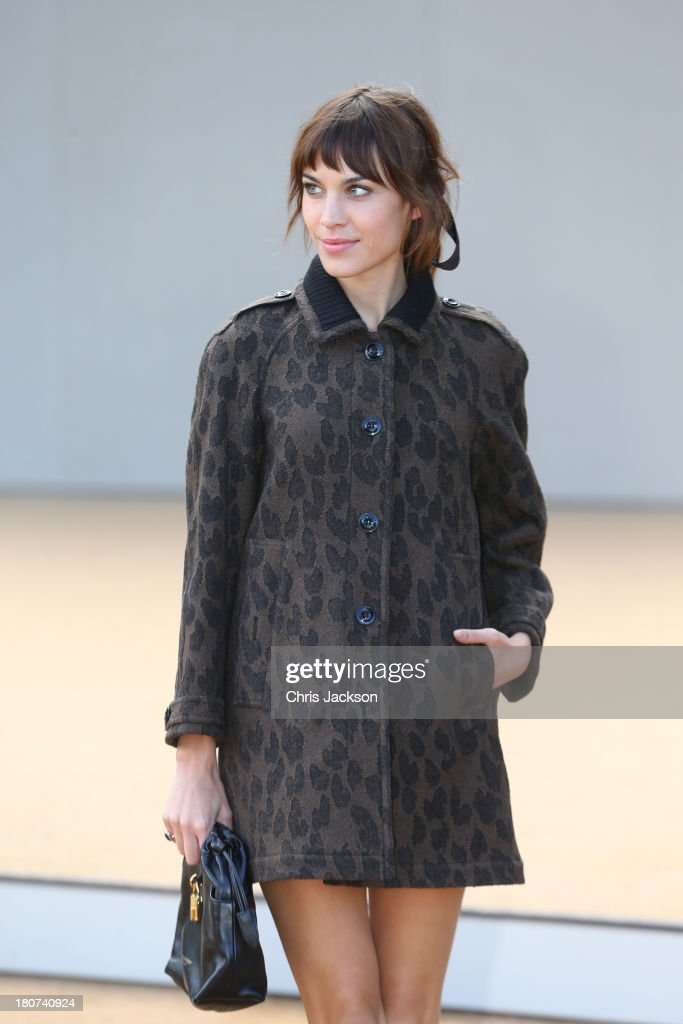 <a gi-track='captionPersonalityLinkClicked' href=/galleries/search?phrase=Alexa+Chung&family=editorial&specificpeople=3141821 ng-click='$event.stopPropagation()'>Alexa Chung</a> attends the Burberry Prorsum show at London Fashion Week SS14 at Kensington Gardens on September 16, 2013 in London, England.