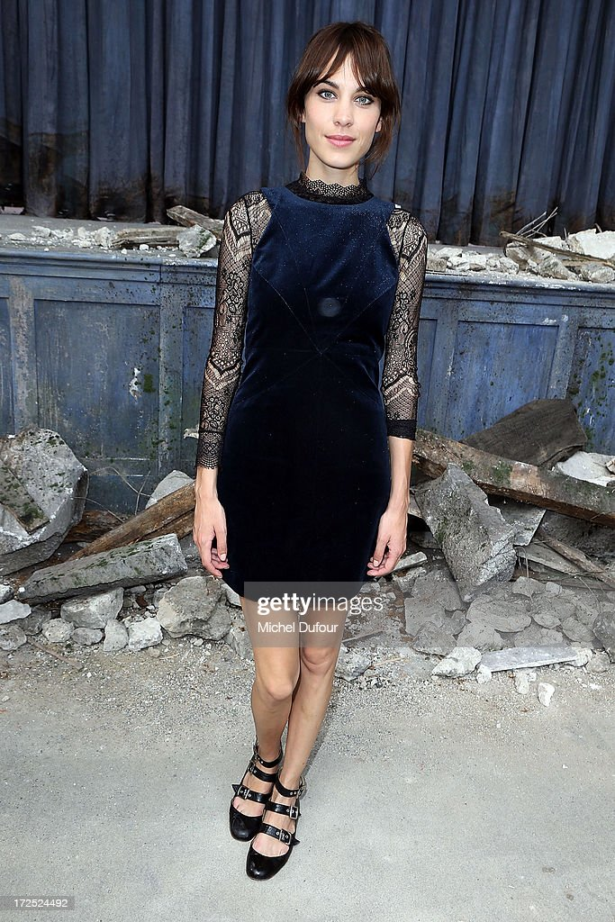 <a gi-track='captionPersonalityLinkClicked' href=/galleries/search?phrase=Alexa+Chung&family=editorial&specificpeople=3141821 ng-click='$event.stopPropagation()'>Alexa Chung</a> attends the Chanel show as part of Paris Fashion Week Haute-Couture Fall/Winter 2013-2014 at Grand Palais on July 2, 2013 in Paris, France.