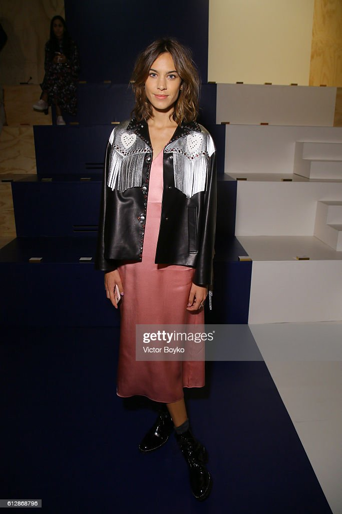alexa-chung-attends-the-miu-miu-show-as-part-of-the-paris-fashion-picture-id612868796