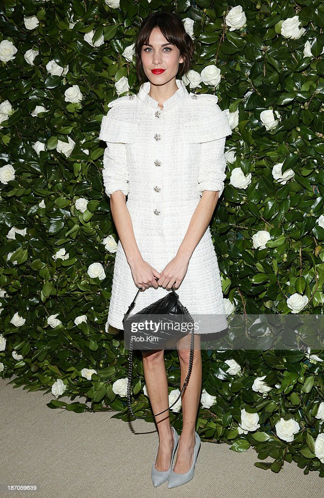 <a gi-track='captionPersonalityLinkClicked' href=/galleries/search?phrase=Alexa+Chung&family=editorial&specificpeople=3141821 ng-click='$event.stopPropagation()'>Alexa Chung</a> attends the Museum of Modern Art 2013 Film benefit: A Tribute To Tilda Swinton on November 5, 2013 in New York City.