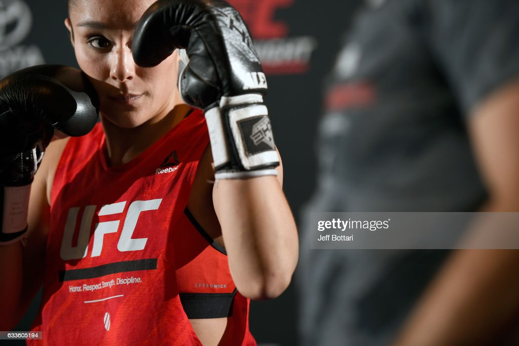 Alexa Grasso of Mexico holds an open workout for fans and media at Henke & Pillot on February 2, 2017 in Houston, Texas.