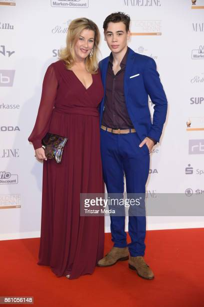 Alexa Maria Surholt and her son Arthur Surholt attend the Goldene Henne on October 13 2017 in Leipzig Germany