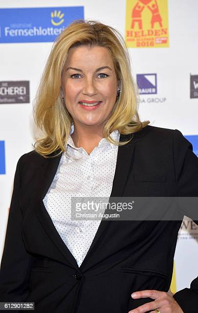 Alexa Maria Surholt attends the 'Helden des Alltags' Gala at Theater Kehrwieder on October 5 2016 in Hamburg Germany