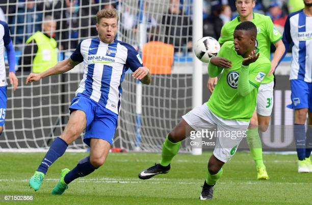 Alexander Esswein of Hertha BSC and Riechedly Bazoer of VfL Wolfsburg during the game between Hertha BSC and dem VfL Wolfsburg on april 22 2017 in...