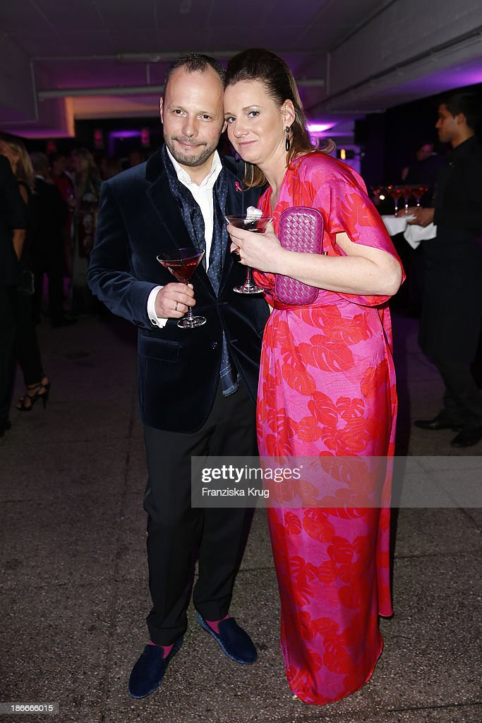 Alexander Franke and Jenny Falckenberg attend the Dom Perignon Balloon Venus by Jeff Koons at Alsterhaus on November 02, 2013 in Hamburg, Germany.