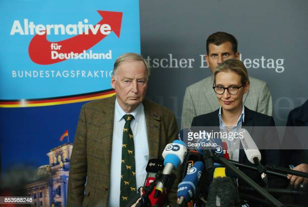 Alexander Gauland and Alice Weidel who will lead the new Bundestag faction of the rightwing Alternative for Germany speak to the media before meeting...