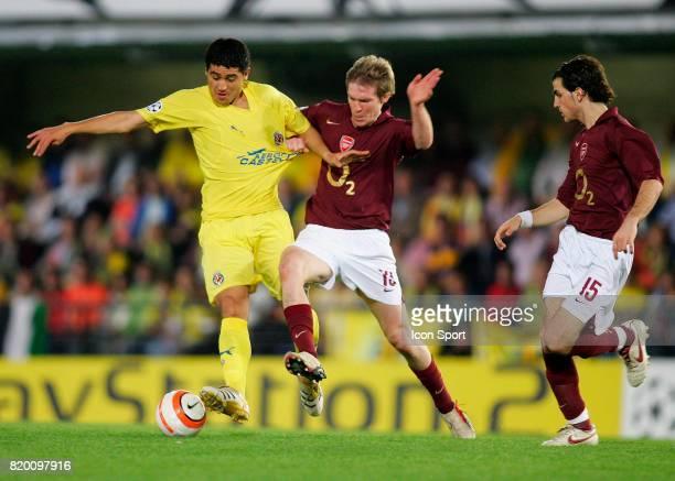 RIQUELME / Alexander HELB Villarreal / Arsenal 1/2 finale retour de Champions League