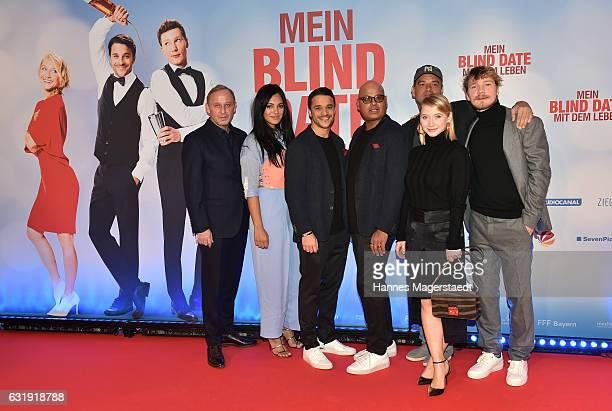 Alexander Held Nilam Farooq Kostja Ullmann Saliya Kahawatte Marc Rothemund Anna Maria Muehe and Jacob Matschenz during the 'Mein Blind Date mit dem...