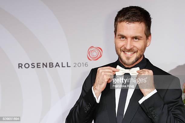 Alexander Klaws attends the Rosenball 2016 on April 30 in Berlin Germany