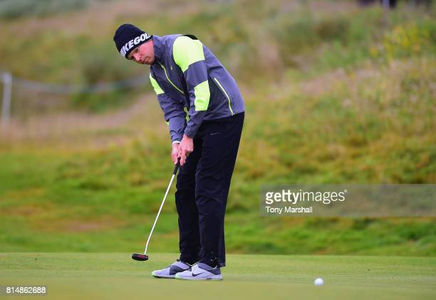 Alexander Knappe of Germany putts on the 4th green during Day Three of the AAM Scottish Open at Dundonald Links Golf Course on July 15 2017 in Troon...