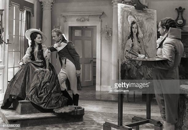 Alexander Korda presents Scarlet Pimpernel with Leslie Howard Merle Oberon and Nigel Bruce Released through Film Classics Inc Printed in U