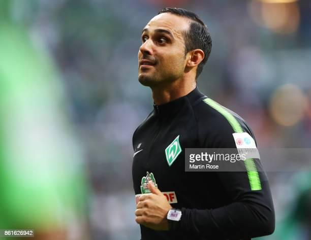 Alexander Nouri head coach of Werder Bremen before the Bundesliga match between SV Werder Bremen and Borussia Moenchengladbach at Weserstadion on...