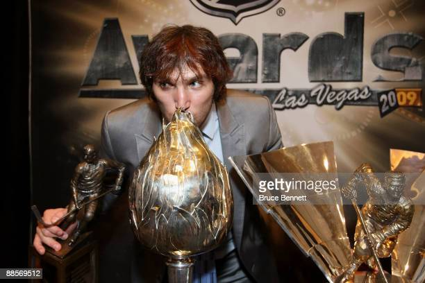 Alexander Ovechkin of the Washington Capitals kisses the Hart Trophy following the 2009 NHL Awards at the Palms Casino Resort on June 18 2009 in Las...