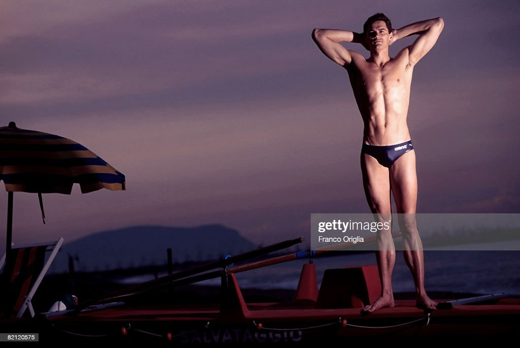 OUT** Alexander Popov called 'The Swimming Tsar' poses on a beach in Giulianova Marche Italy 22nd May 2001 The Russian swimmer won both the 50 and...