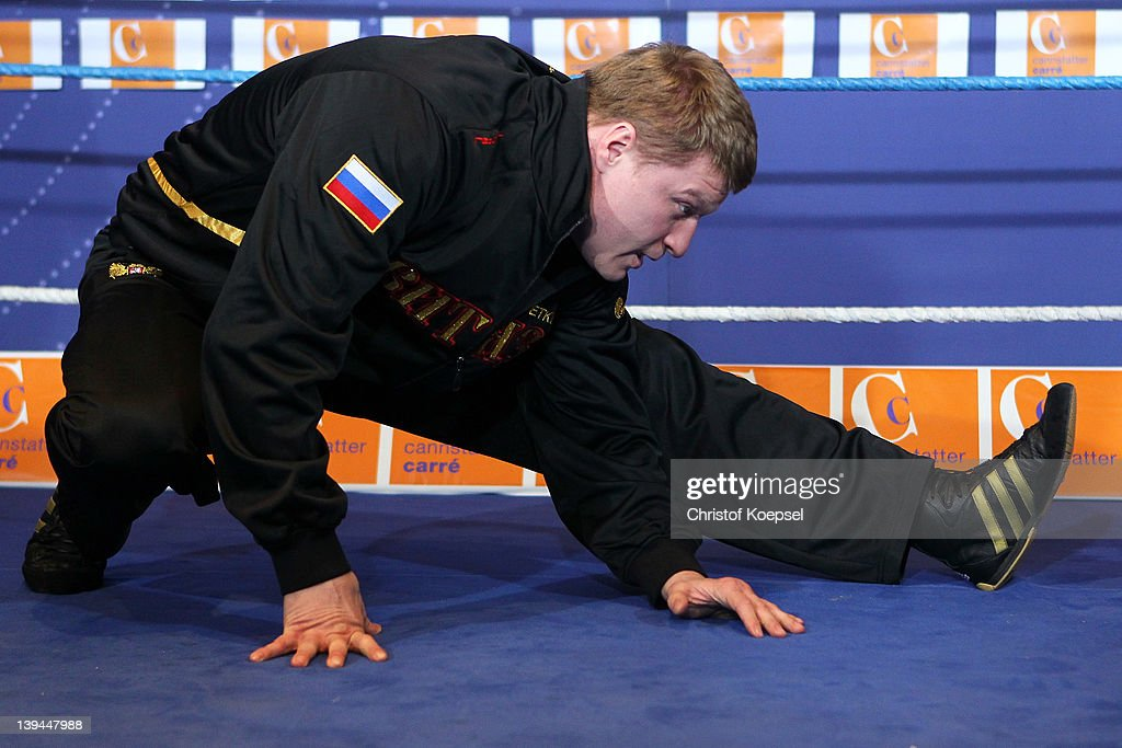 <a gi-track='captionPersonalityLinkClicked' href=/galleries/search?phrase=Alexander+Povetkin&family=editorial&specificpeople=2351769 ng-click='$event.stopPropagation()'>Alexander Povetkin</a> of Russia stretches during the public training at Canstatter Carre on February 21, 2012 in Stuttgart, Germany. The WBA World Championship Heavyweight fight between Marco Huck of Germany and <a gi-track='captionPersonalityLinkClicked' href=/galleries/search?phrase=Alexander+Povetkin&family=editorial&specificpeople=2351769 ng-click='$event.stopPropagation()'>Alexander Povetkin</a> of Russia will be held at Porsche-Arena on February 25, 2012 in Stuttgart, Germany.