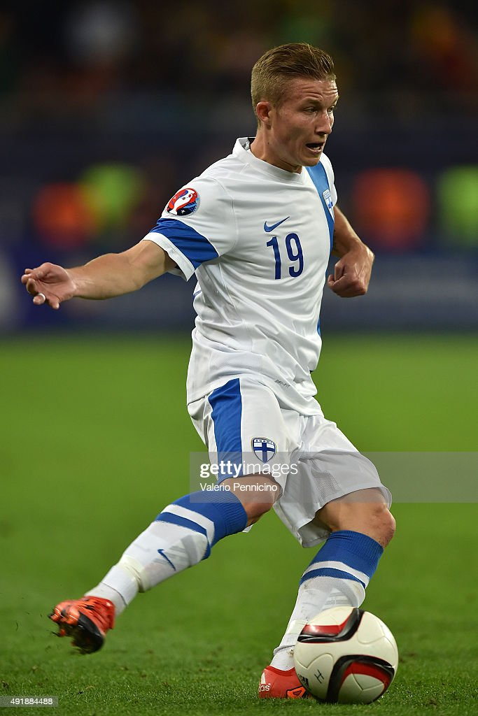 <a gi-track='captionPersonalityLinkClicked' href=/galleries/search?phrase=Alexander+Ring&family=editorial&specificpeople=5588968 ng-click='$event.stopPropagation()'>Alexander Ring</a> of Finland in action during the UEFA EURO 2016 Qualifier between Romania and Finland on October 8, 2015 in Bucharest, Romania.