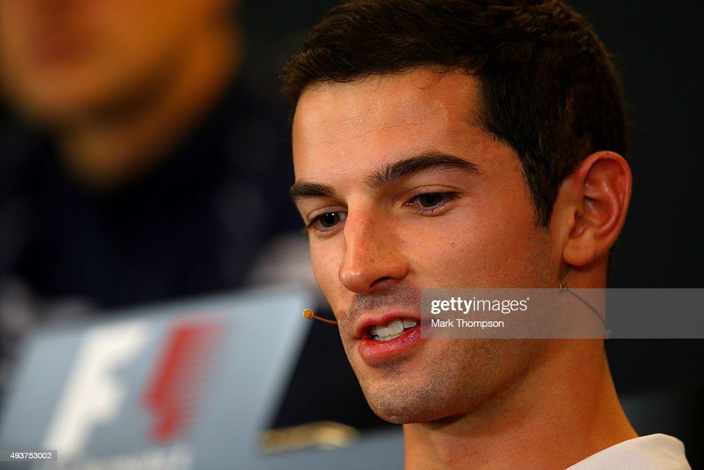 <a gi-track='captionPersonalityLinkClicked' href=/galleries/search?phrase=Alexander+Rossi&family=editorial&specificpeople=6547871 ng-click='$event.stopPropagation()'>Alexander Rossi</a> of the United States and Manor Marussia speaks at a press conference during previews to the United States Formula One Grand Prix at Circuit of The Americas on October 22, 2015 in Austin, United States.