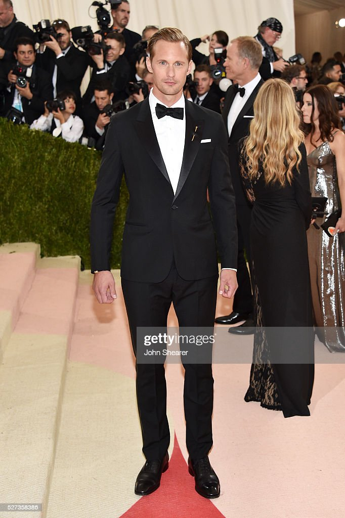 Alexander Skarsgard attends the 'Manus x Machina: Fashion In An Age Of Technology' Costume Institute Gala at Metropolitan Museum of Art on May 2, 2016 in New York City.