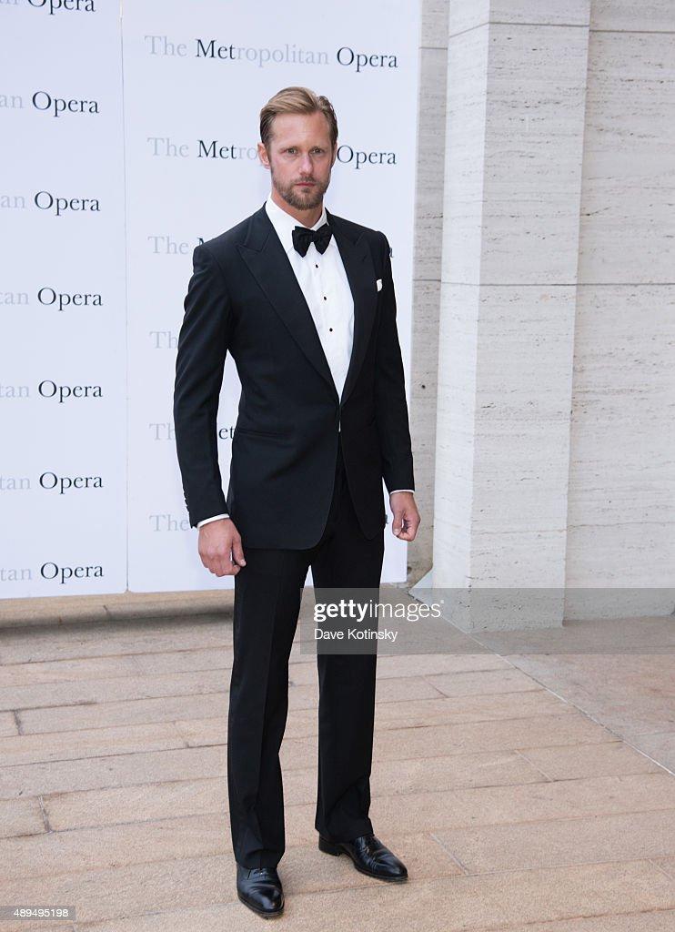 Alexander Skarsgard attends the Metropolitan Opera 20152016 season opening night of 'Otello' at The Metropolitan Opera House on September 21 2015 in...