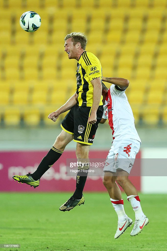 Alexander Smith of the Phoenix heads the ball during the round 13 A-League match between the Wellington Phoenix and the Melbourne Heart at Westpac Stadium on December 27, 2012 in Wellington, New Zealand.