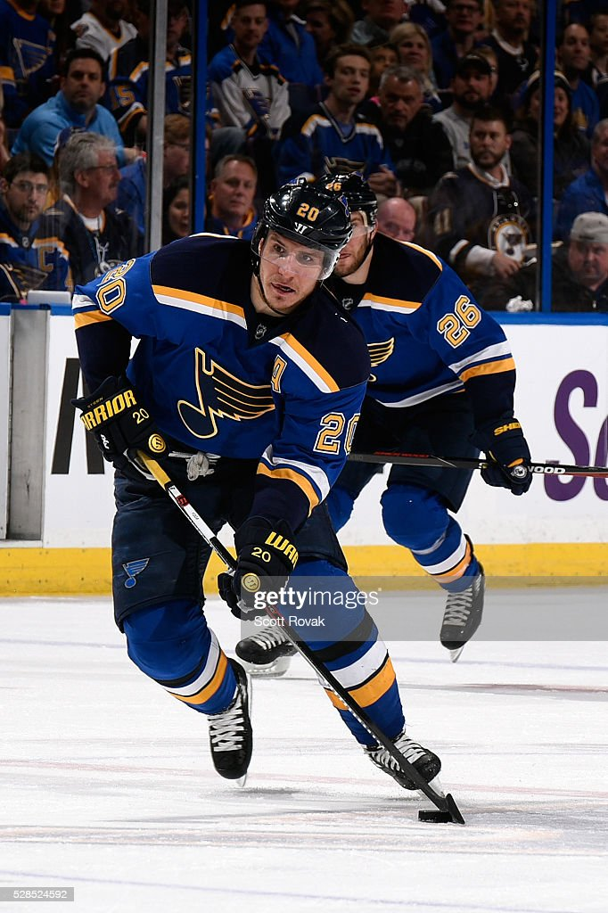 <a gi-track='captionPersonalityLinkClicked' href=/galleries/search?phrase=Alexander+Steen&family=editorial&specificpeople=600136 ng-click='$event.stopPropagation()'>Alexander Steen</a> #20 of the St. Louis Blues handles the puck against the Dallas Stars in Game Four of the Western Conference Second Round during the 2016 NHL Stanley Cup Playoffs at the Scottrade Center on May 5, 2016 in St. Louis, Missouri.
