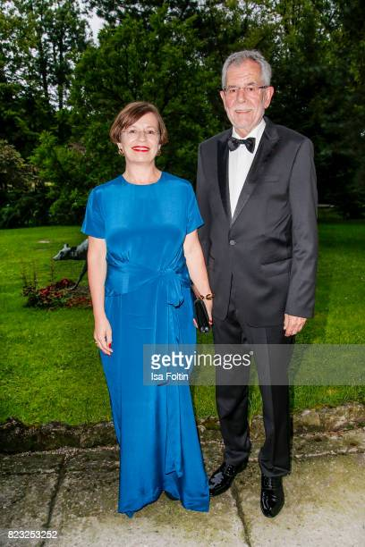 Alexander van der Bellen president of Austria and his wife Doris Schmidauer during the International Salzburg Association Gala on July 26 2017 in...