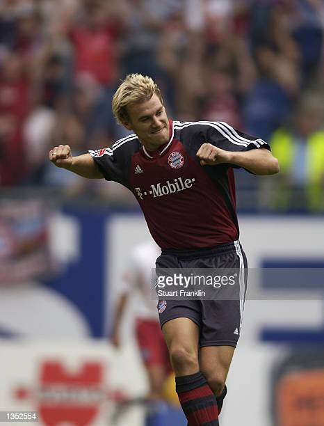 Alexander Zickler of Bayern celebrates scoring the third goal during the Bundesliga match between Hamburg SV and FC Bayern Munich at The AOL Arena...
