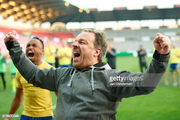 Alexander Zorniger head coach of Brondby IF celebrate after the Danish Cup DBU Pokalen semifinal match between FC Midtjylland and Brondby IF at MCH...