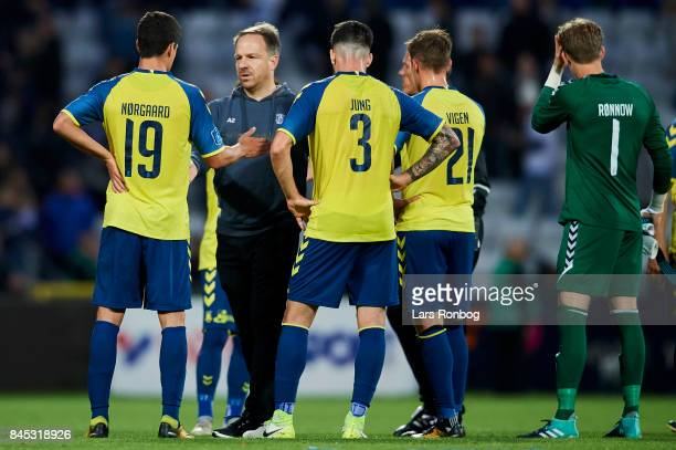 Alexander Zorniger head coach of Brondby IF speaks to his players after the Danish Alka Superliga match between OB Odense and Brondby IF at EWII Park...