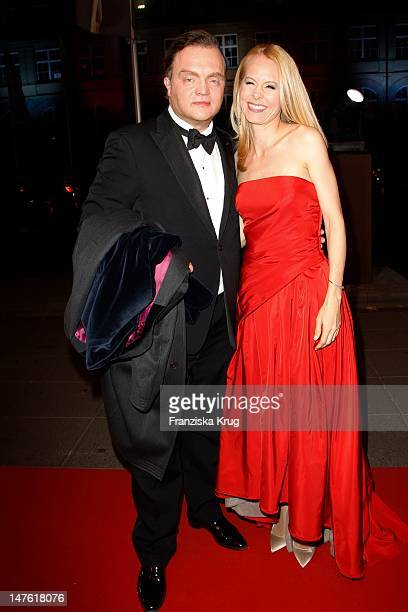 Alexander zu SchaumburgLippe and Dr Nadja Anna zu SchaumburgLippe attend the Red Carpet for the Bambi Award 2011 ceremony at the RheinMainHallen on...
