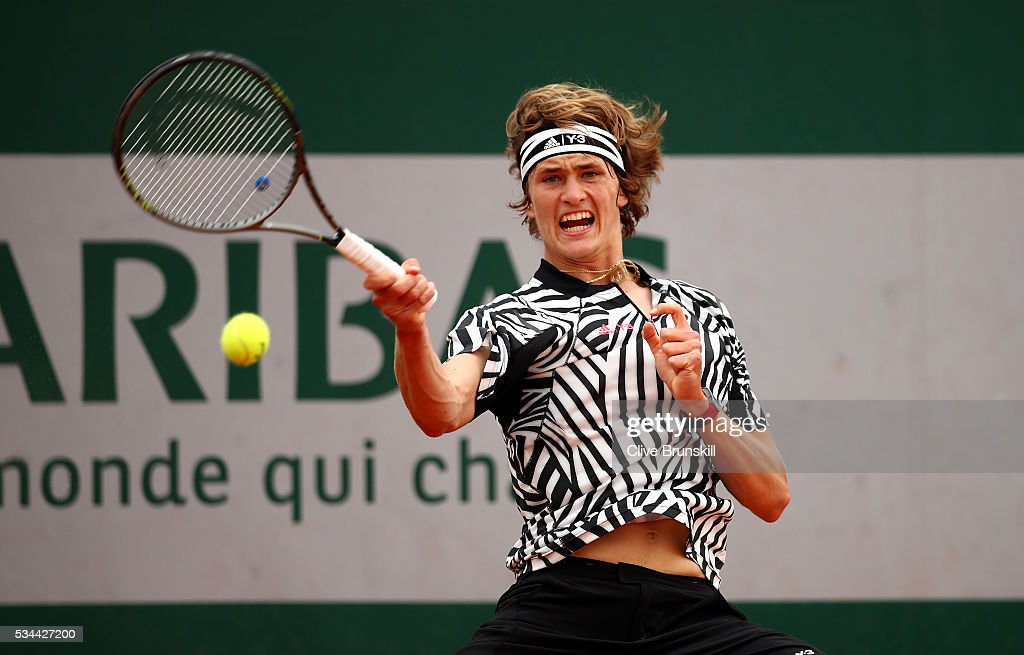 <a gi-track='captionPersonalityLinkClicked' href=/galleries/search?phrase=Alexander+Zverev+-+Tennisspieler&family=editorial&specificpeople=11367343 ng-click='$event.stopPropagation()'>Alexander Zverev</a> of Germany hits a forehand during the Men's Singles second round match against Stephane Robert of France on day five of the 2016 French Open at Roland Garros on May 26, 2016 in Paris, France.