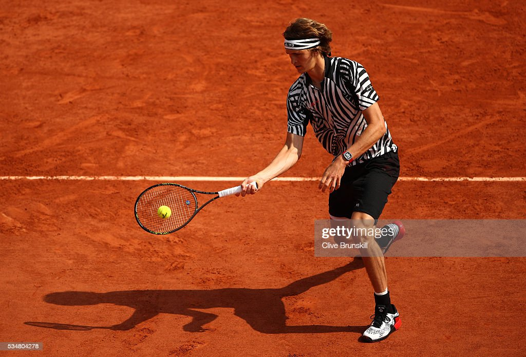 <a gi-track='captionPersonalityLinkClicked' href=/galleries/search?phrase=Alexander+Zverev+-+Tennis+Player&family=editorial&specificpeople=11367343 ng-click='$event.stopPropagation()'>Alexander Zverev</a> of Germany hits a forehand during the Men's Singles third round match against Dominic Thiem of Austria on day seven of the 2016 French Open at Roland Garros on May 28, 2016 in Paris, France.