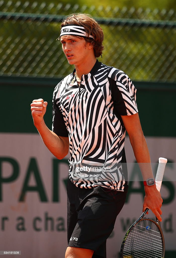 <a gi-track='captionPersonalityLinkClicked' href=/galleries/search?phrase=Alexander+Zverev+-+Tennisser&family=editorial&specificpeople=11367343 ng-click='$event.stopPropagation()'>Alexander Zverev</a> of Germany reacts during the Men's Singles first round match against Pierre-Hughers Herbert of France on day four of the 2016 French Open at Roland Garros on May 25, 2016 in Paris, France.
