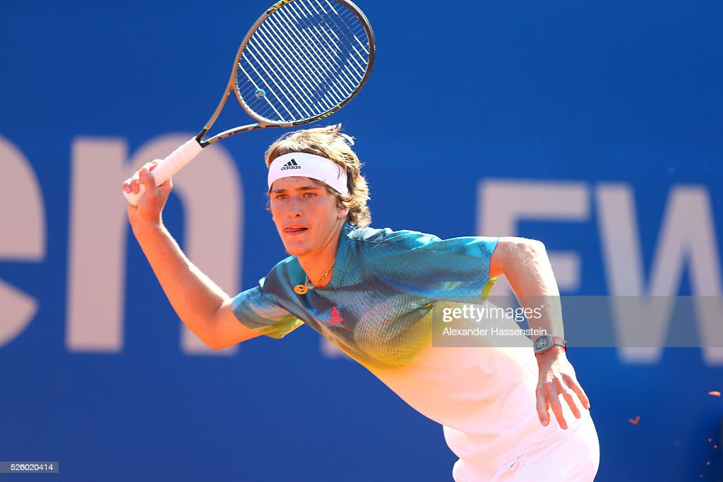<a gi-track='captionPersonalityLinkClicked' href=/galleries/search?phrase=Alexander+Zverev+-+Tennisspelare&family=editorial&specificpeople=11367343 ng-click='$event.stopPropagation()'>Alexander Zverev</a> of Germany runs during his quater final match against David Goffin of Belgium of the BMW Open at Iphitos tennis club on April 29, 2016 in Munich, Germany.
