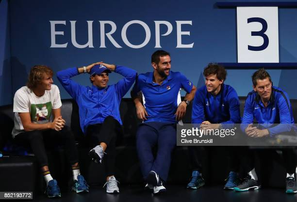 Alexander Zverev Roger Federer Marin Cilic Dominic Thiem and Thomas Enqvist of Team Europe watch Roger Federer of Team Europe during his singles...