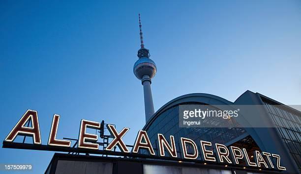Alexanderplatz in der Dämmerung