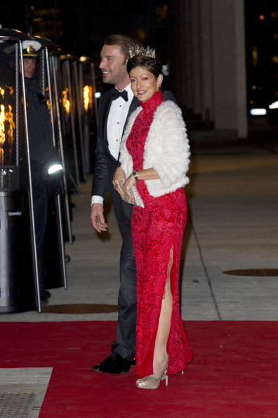 alexandra-countess-of-frederiksborg-and-husband-martin-gala-at-the-picture-id158077998