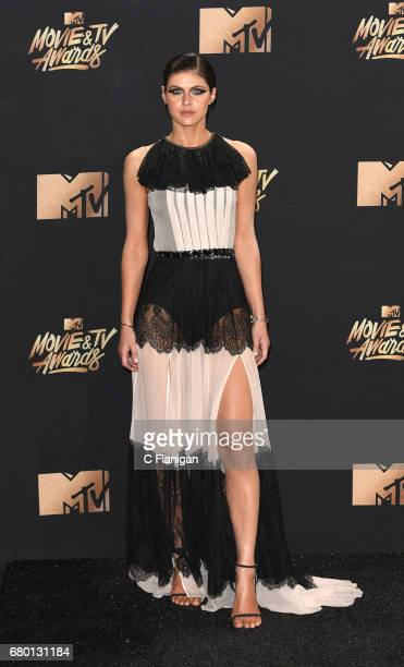Alexandra Daddario attends the 2017 MTV Movie And TV Awards on May 7 2017 in Los Angeles California