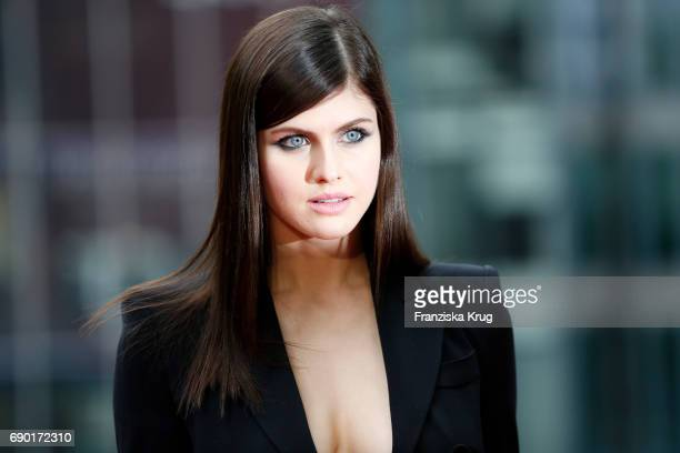 Alexandra Daddario attends the 'Baywatch' Photo Call in Berlin on May 30 2017 in Berlin Germany