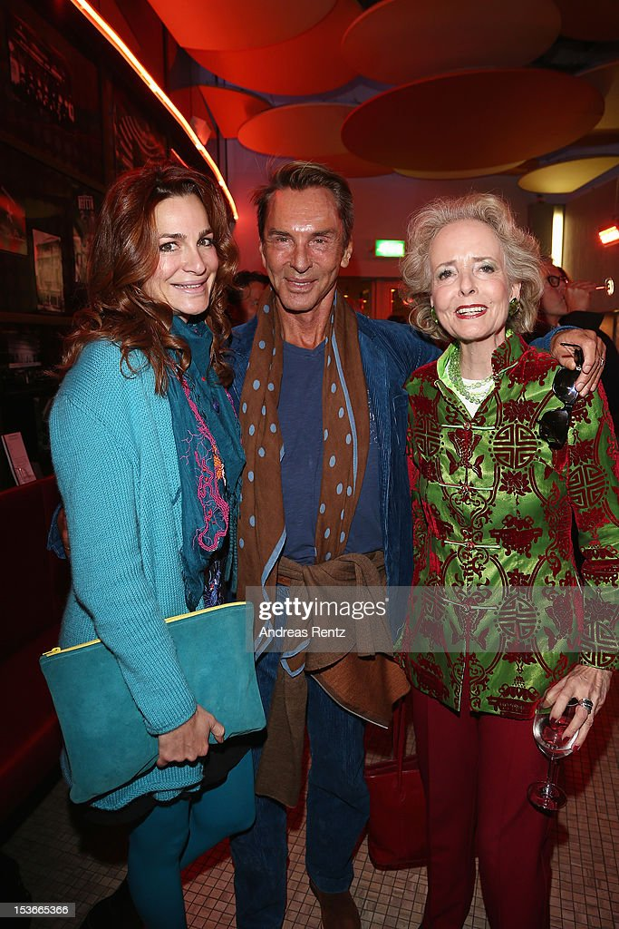 Alexandra Kamp Wolfgang Joop and Isa von Hardenberg attend the 'Die Wand' Berlin preview at Astor Lounge on October 8 2012 in Berlin Germany