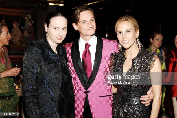 Alexandra Kotur Hamish Bowles and Tory Burch attend Lighthouse International POSH Preview Benefit Dinner at Doubles Club on May 12 2009 in New York...