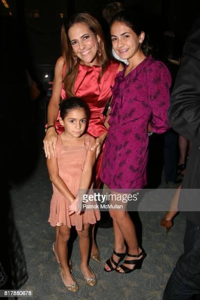 Alexandra Lebenthal Ellie Diamond Charlotte Diamond attend DIANA TAYLOR FELICIA TAYLOR and ALEXANDRA TROWER celebrate ALEXANDRA LEBENTHAL's...